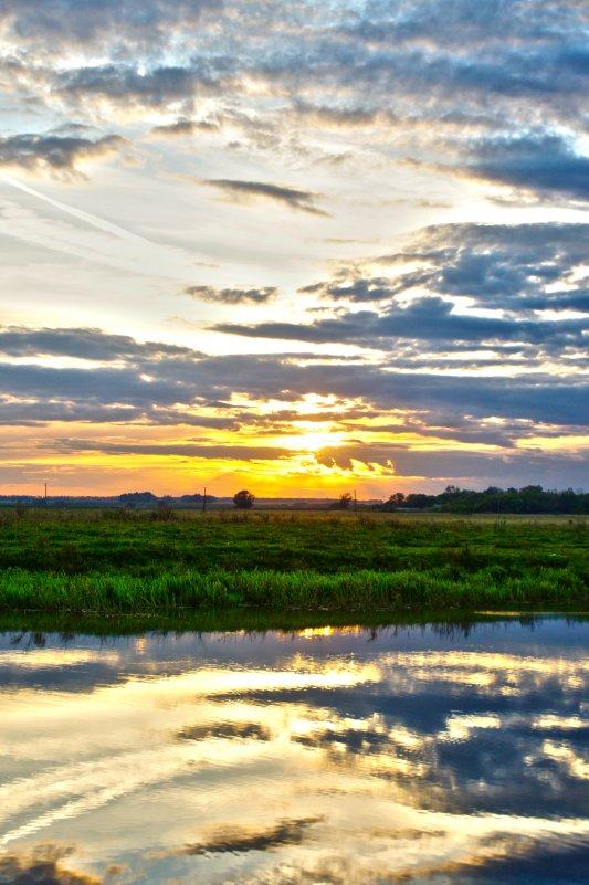 закат в небе и воде - Дмитрий Симонов