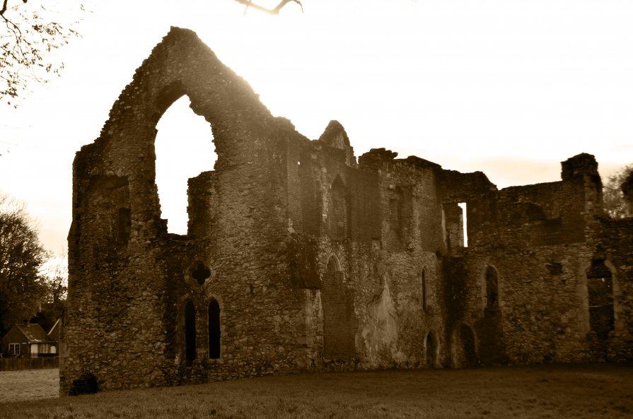 Netley Abbey, UK - inna mac