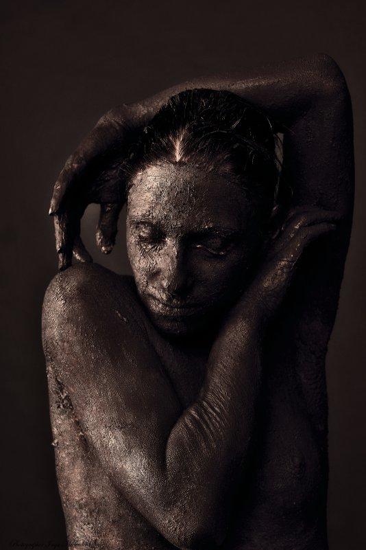Девушка - глина - Inga Medvedeva