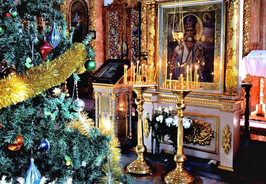 Перед Рождественской литургии - Вячеслав Платонов
