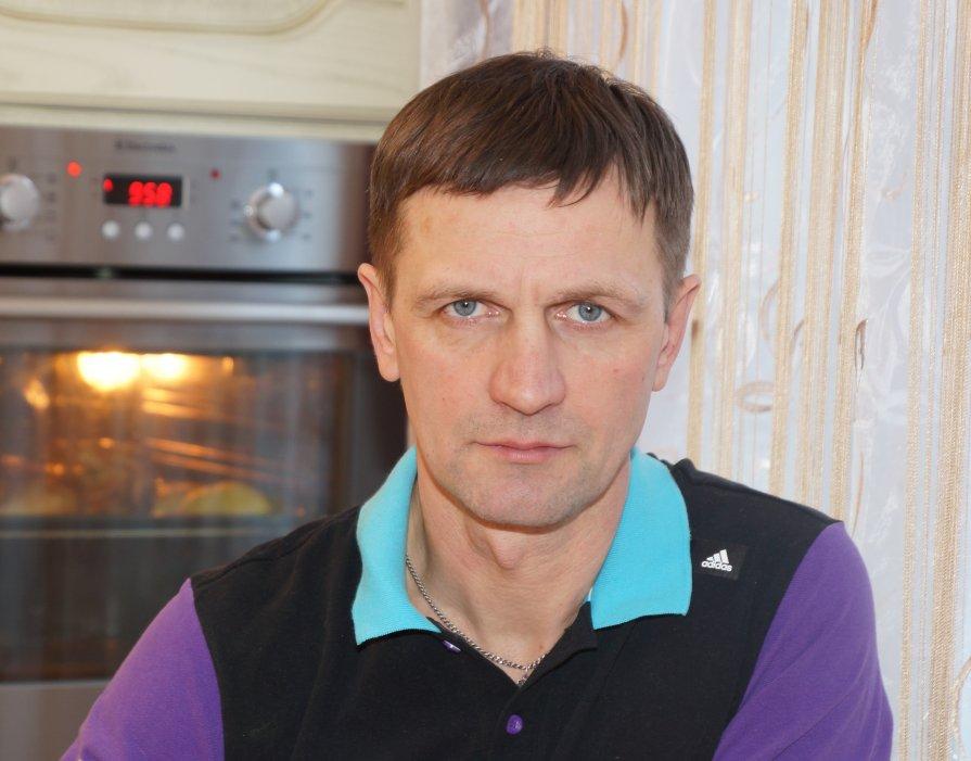 Брат - Юрий Маланин