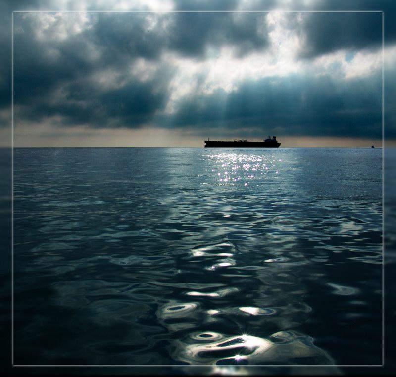 В ожидании шторма... - Андрей Коптелов