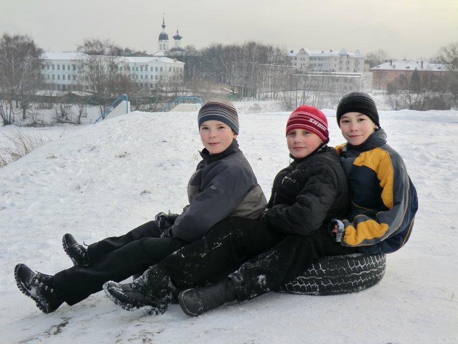 Катание с валов Великолукской крепости... - Владимир Павлов