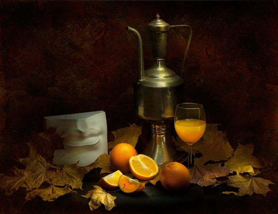 Осенний этюд с апельсинами - Александр Сергеев