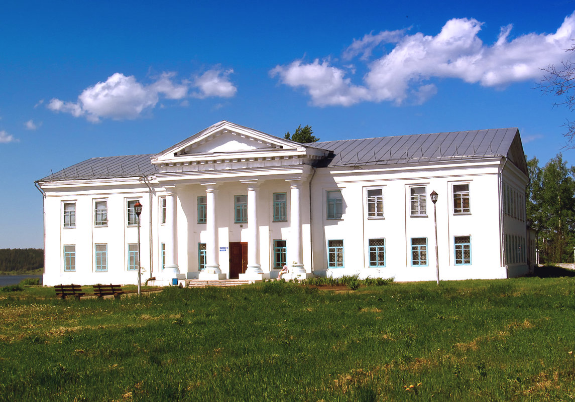 Здание краеведческого музея г.Оса - Владимир Нефедов