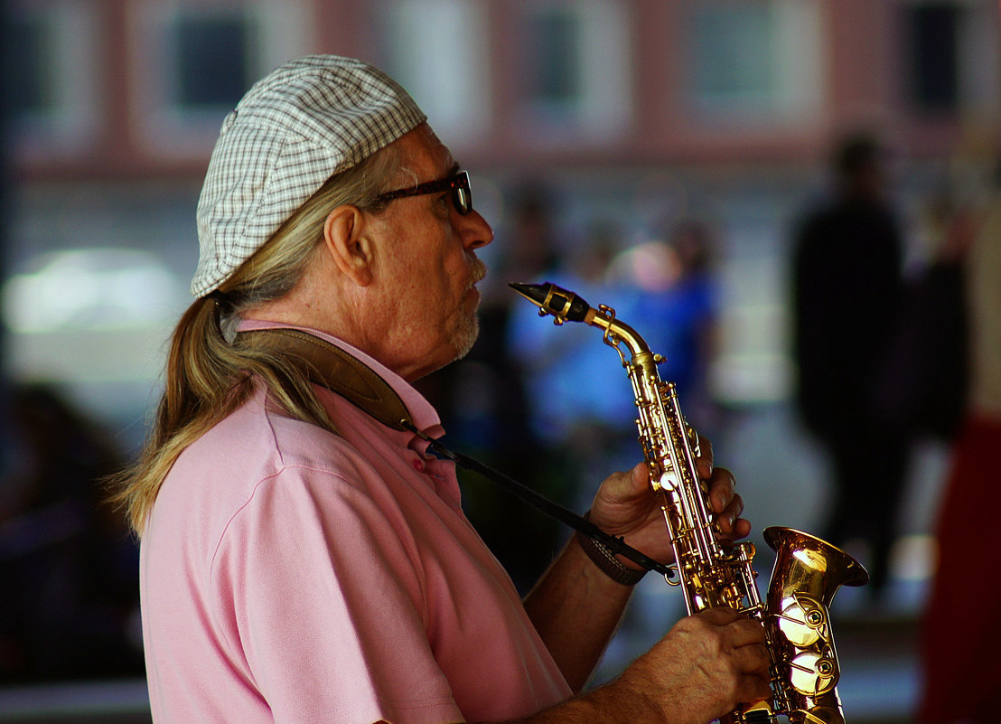 Саксофонист - Igor Khmelev