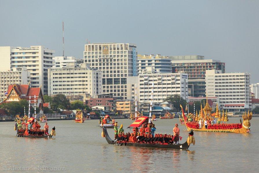 королевские лодки в таиланде