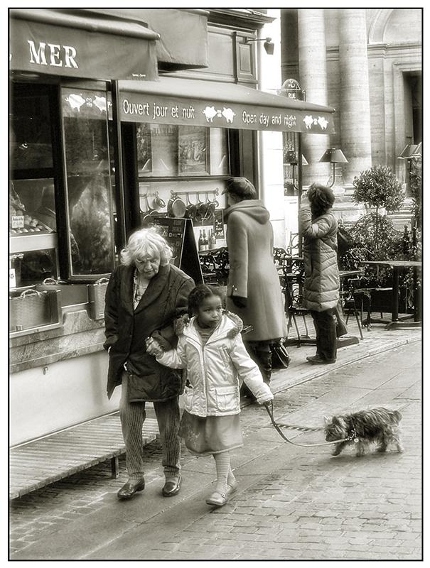 на улицах Парижа - Юрий Дрейзин