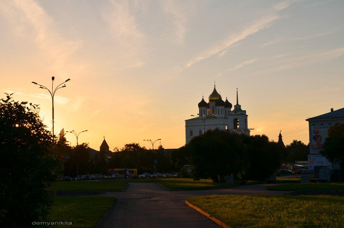 Закат над Псковом - demyanikita