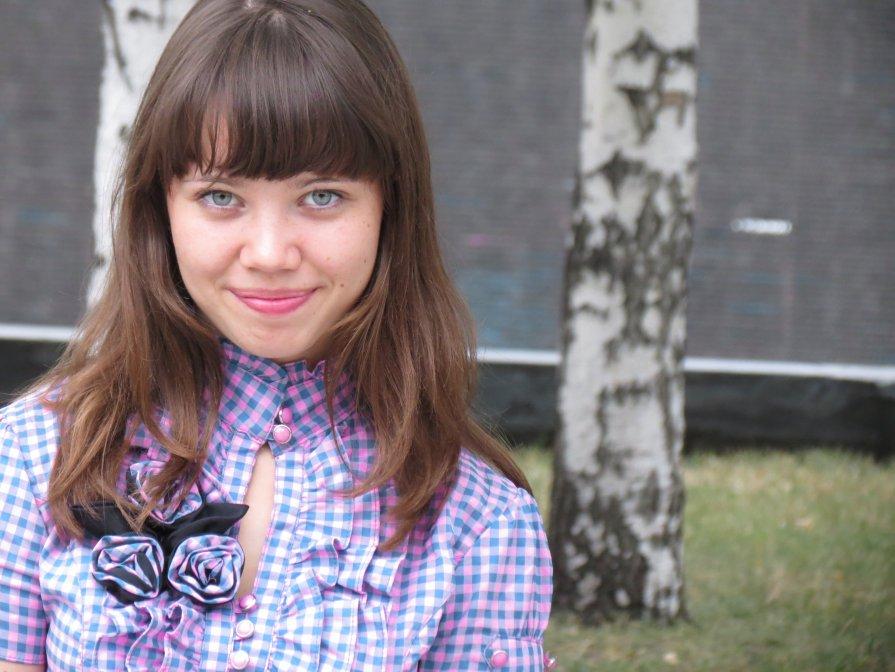 Девушка - София Феникс