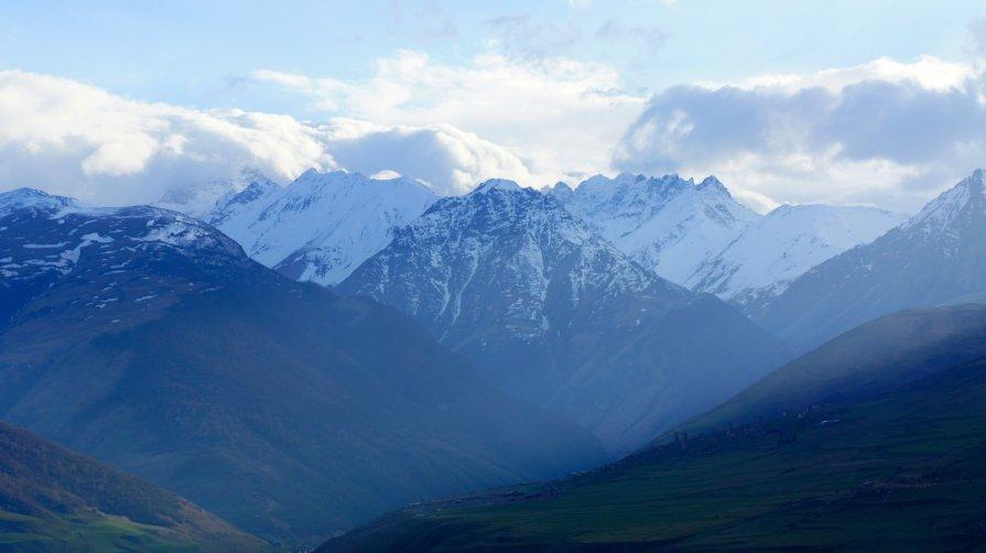 Горы Северной Осетии - Zak Doguzov