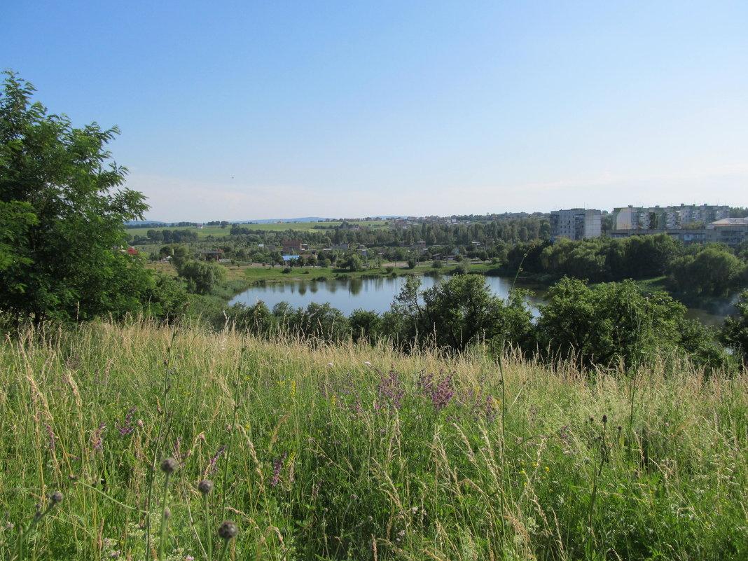 Вид на озеро - Яна Михайловна
