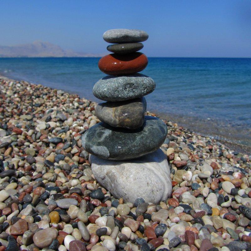 камней гальки или других фото морской