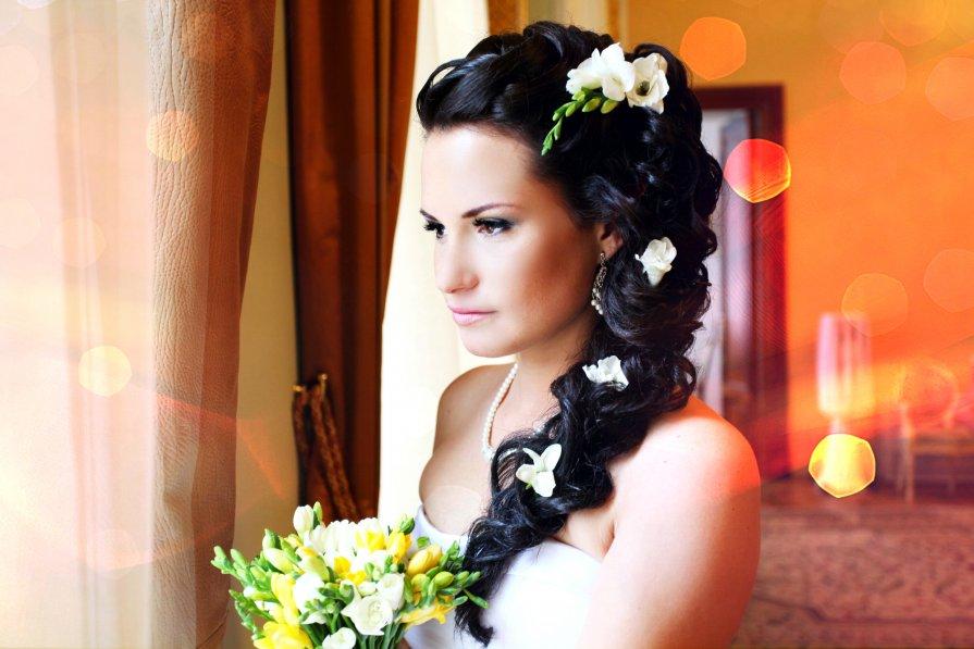Прическа невест на свадьбе