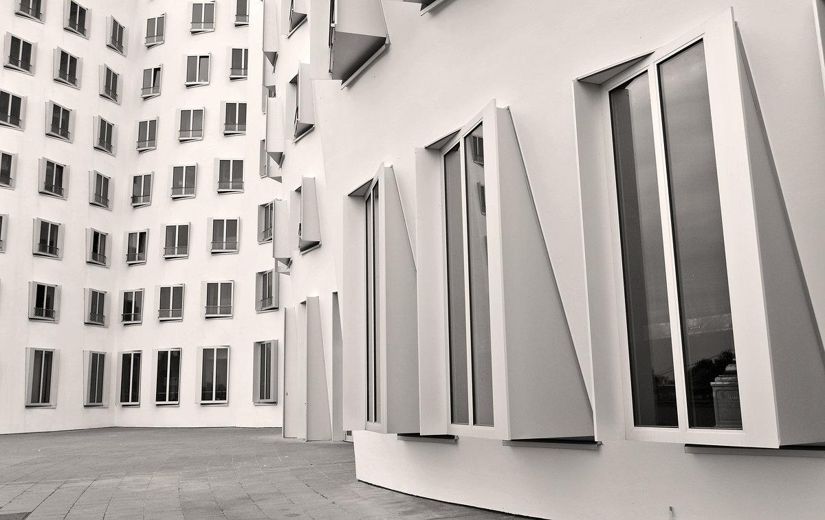 Необыкновенные здания Гери - Екатерина Т.