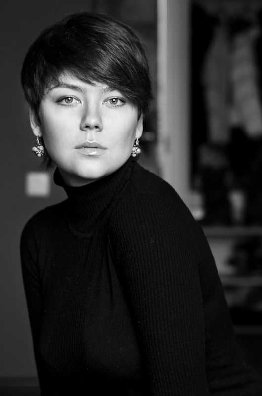 Автопортрет - Кристина Невиль