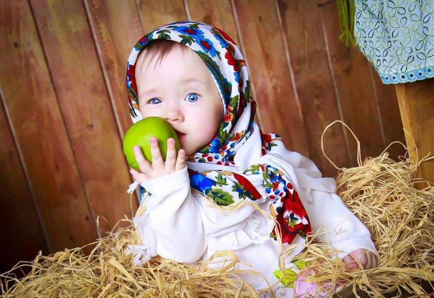Любовь и яблоко - Ольга Рейдт