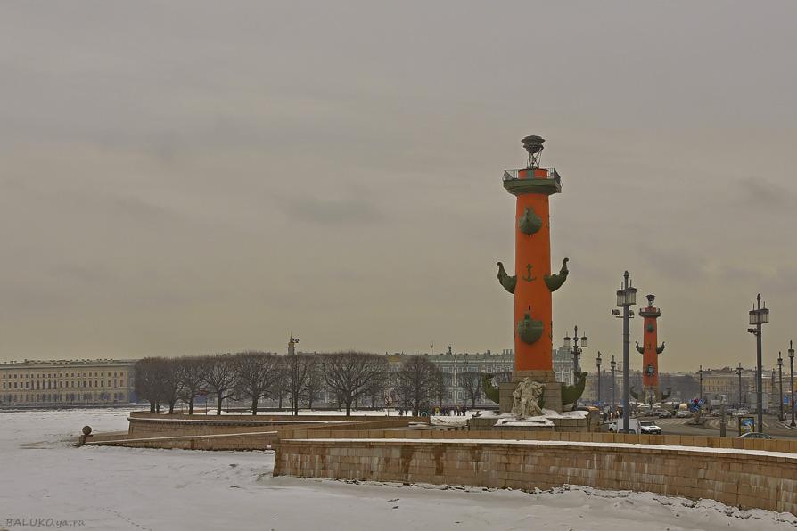 Ростральные колонны. Санкт-Петербург - Владимир Балюко