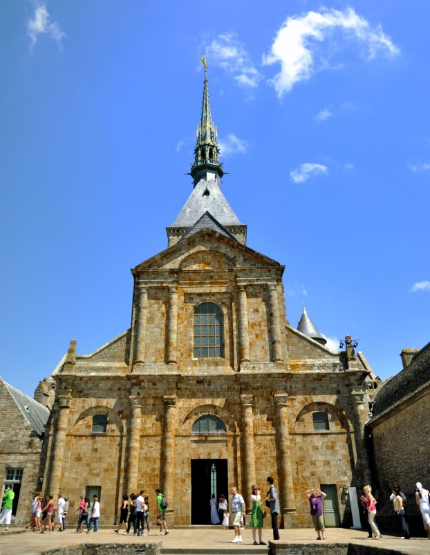 Церковь Мон-Сен-Мишель - человечик prikolist
