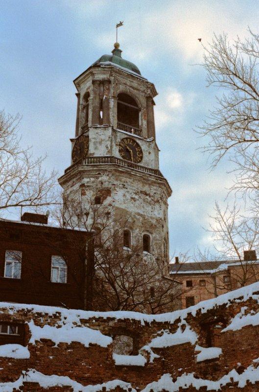 Выборг. Часовая башня. (35 мм) - Александр Коновалов