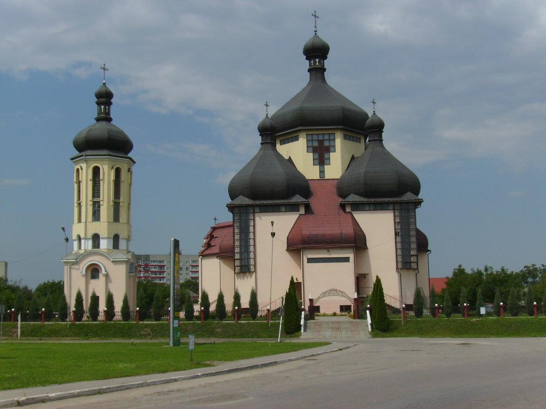 Греко - католический  храм  в  Бурштыне - Андрей  Васильевич Коляскин