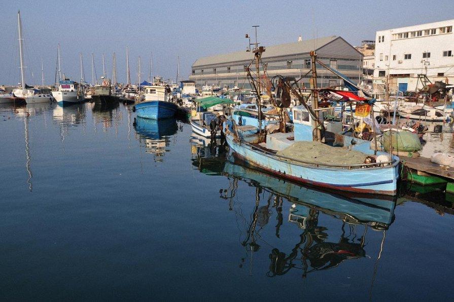 Старый порт - Lev Tovbin