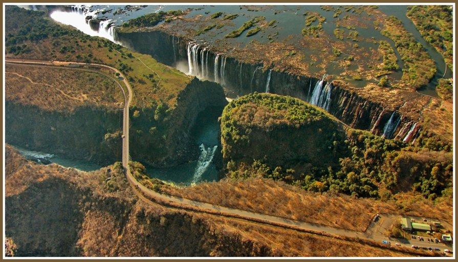 Виктория - водопад имени королевы Англии. - Евгений Печенин