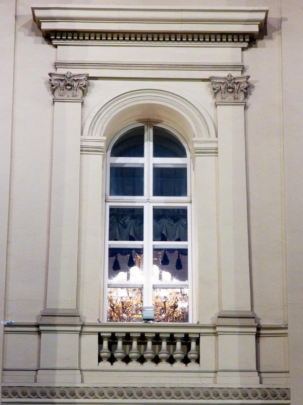 А из нашего окна ... - Лариса Корж