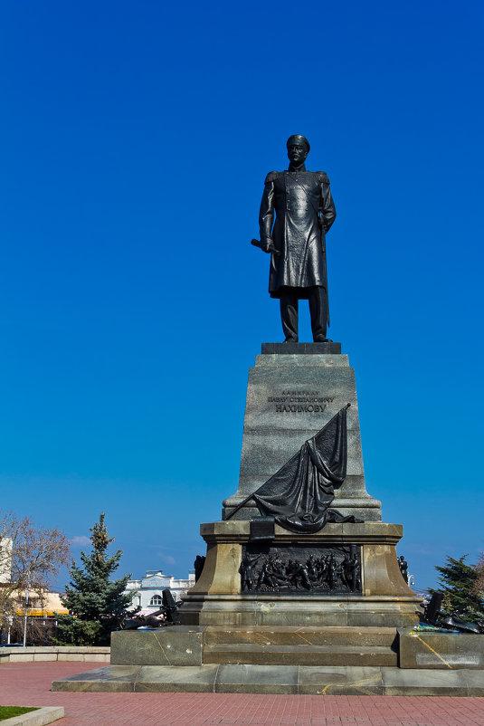Памятник Адмиралу Павлу Степановичу Нахимову - Alexandr Semeniakin