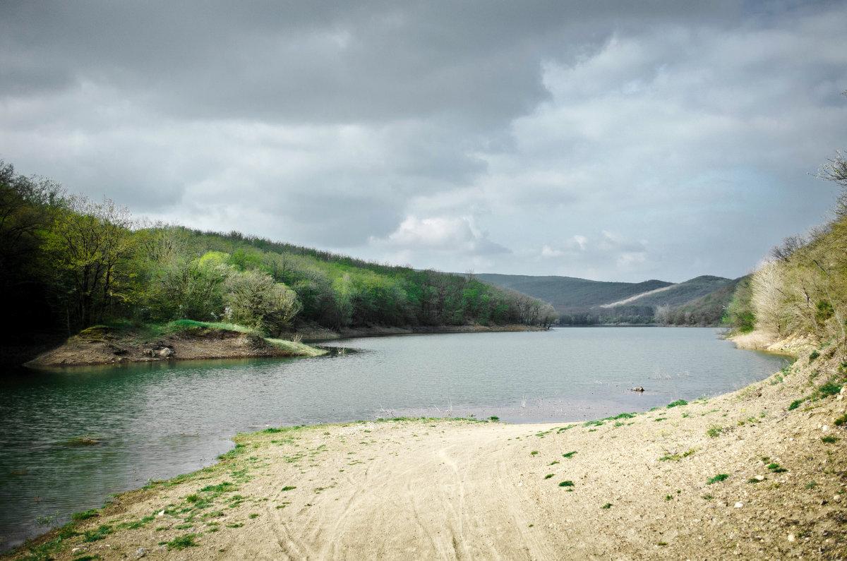 Сколько воды осталось в крымских водохранилищах