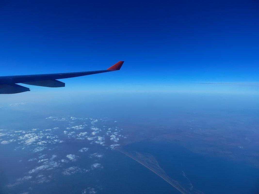 Под крылом самолёта..... - Nikolay Ya.......