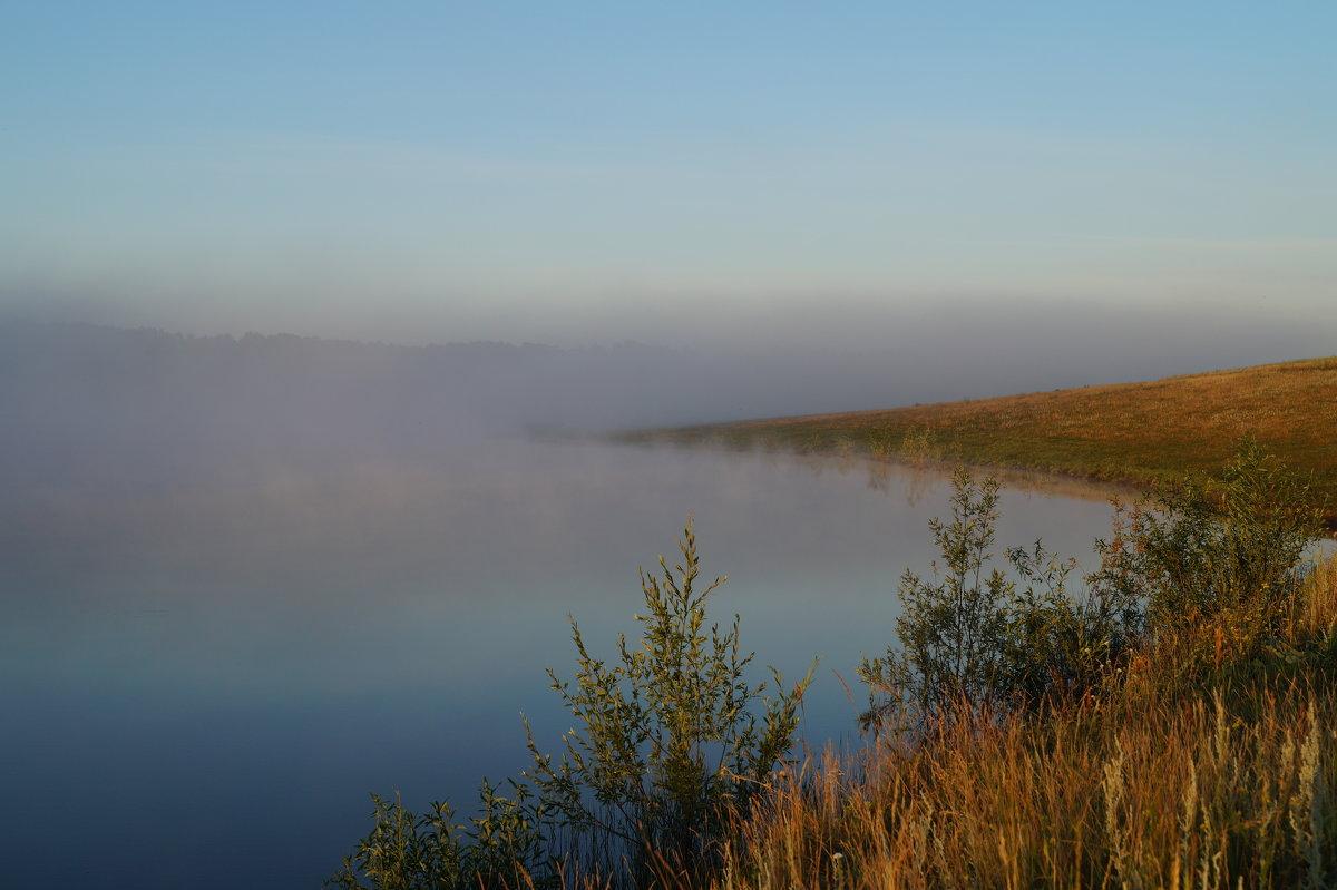 утро, у озера - Алексей Сотников
