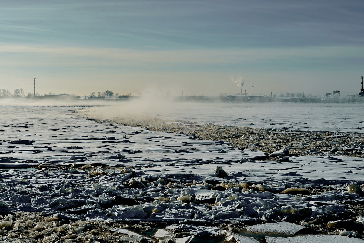 Туман над застывшей рекой - Алёна Михеева