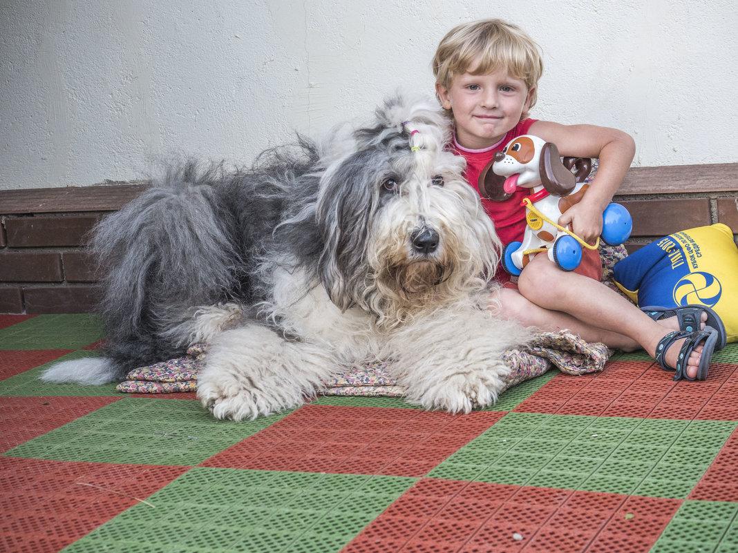 мальчик с собачками - Лариса Батурова