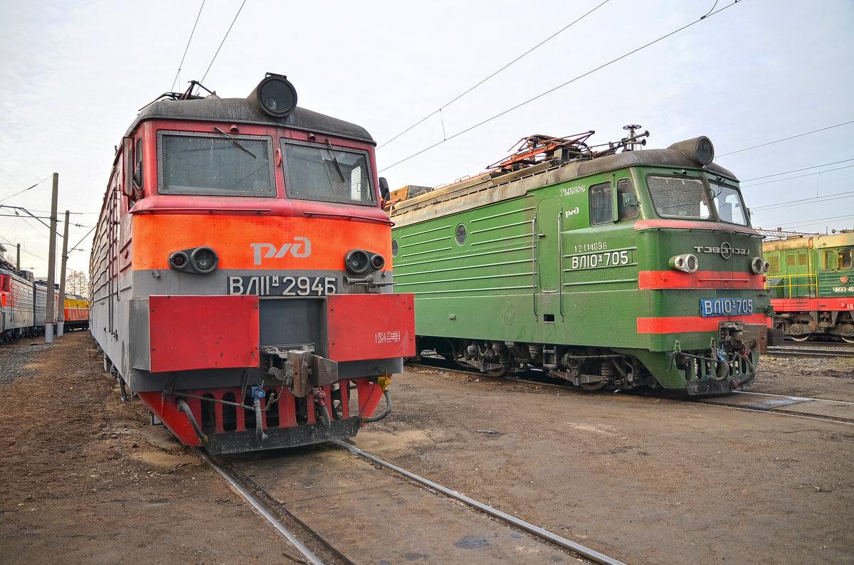 Электровозы ВЛ11М-294 и ВЛ10У-705 - Денис Змеев