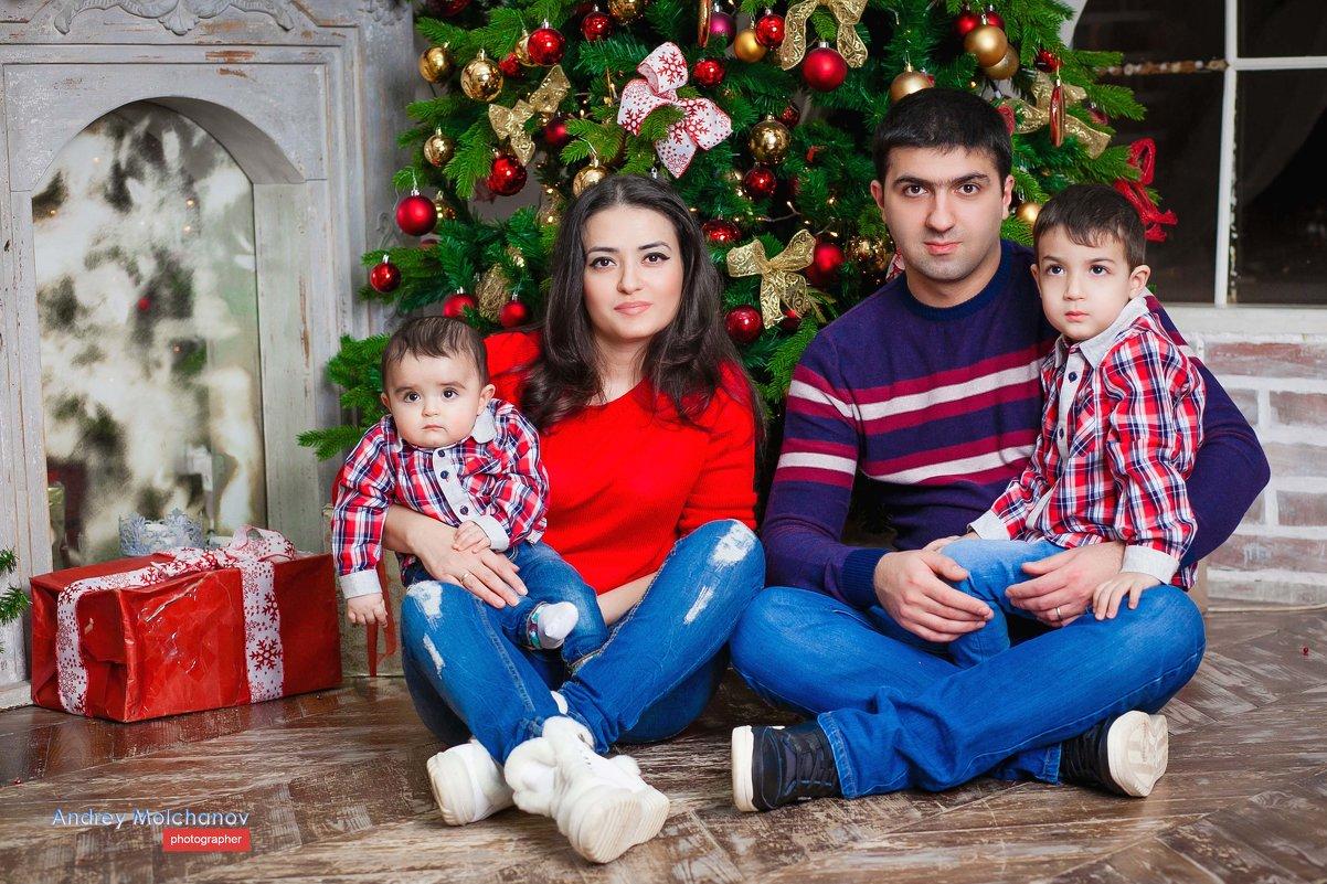 Студийные фотосессии. Красивая и замечательная семья - Андрей Молчанов