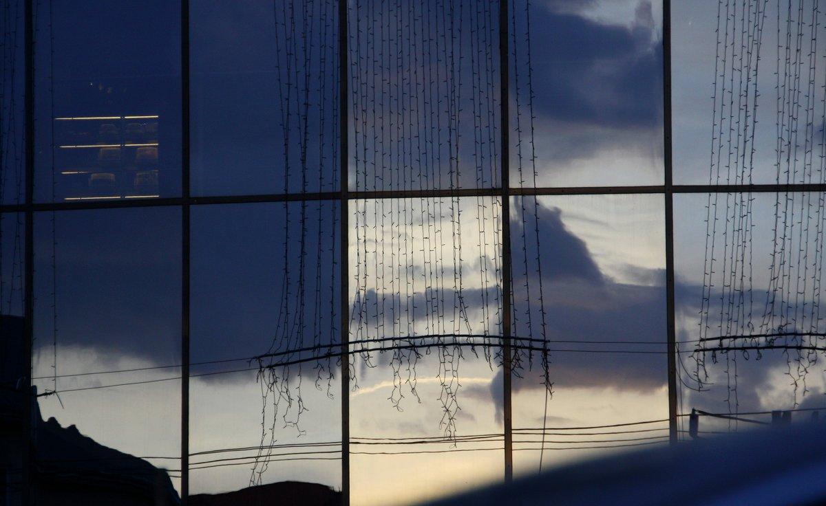 Городские  окна... - Валерия  Полещикова