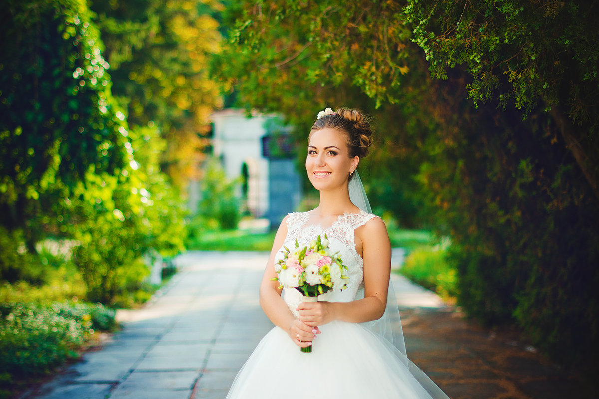 В этот светлый миг, ты прекрасней всех... - Анастасия Бондаренко