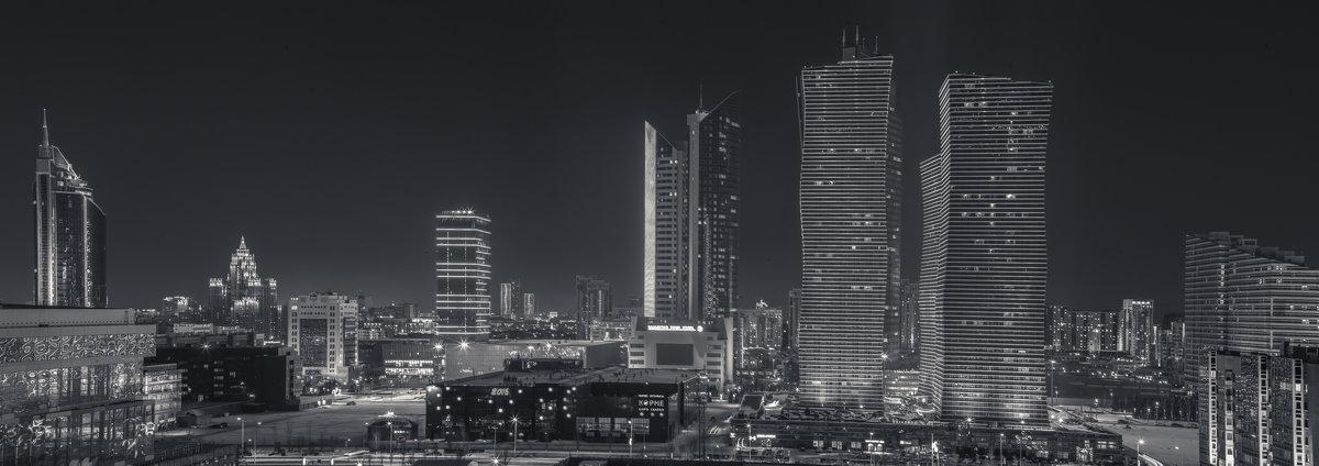 Бульвар - Максим Рожин
