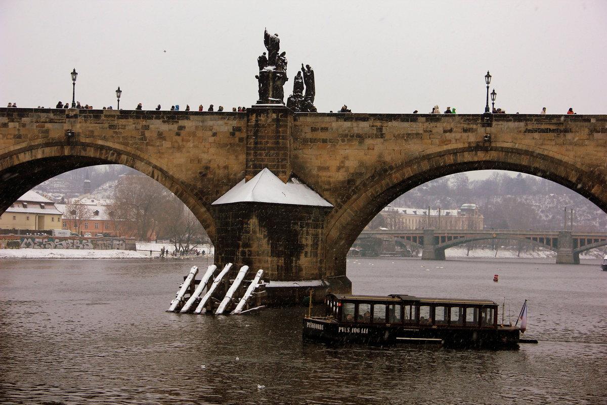 на Карловом мосту - Ольга