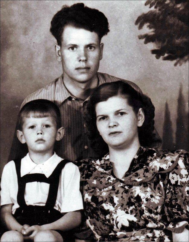 Семья. 1953 год - Нина Корешкова