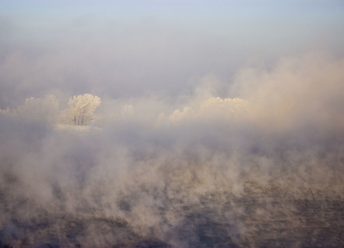 Туман над Енисеем - Сергей Щербинин
