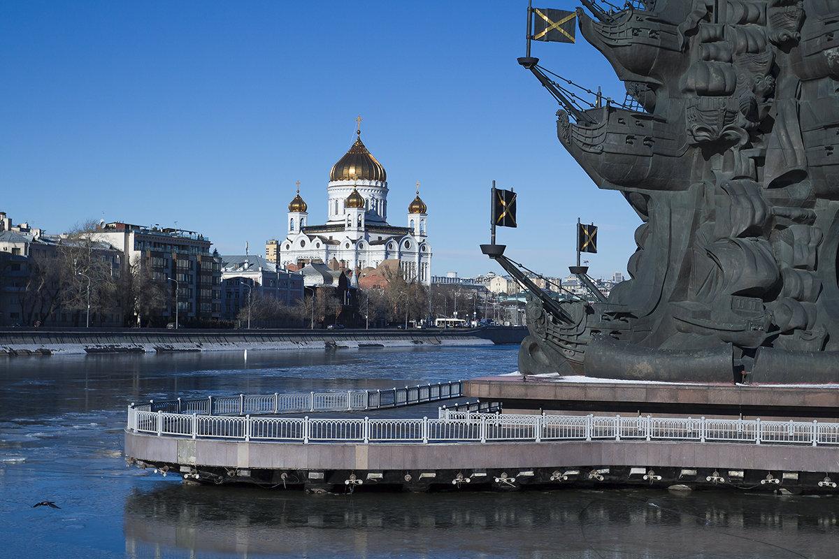 Москва - Владимир Иванов