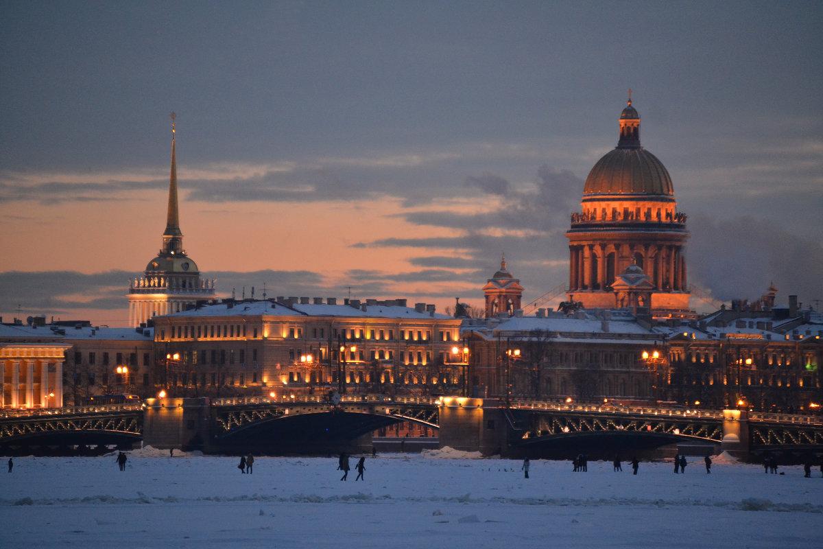 Вечерний город - Наталья Левина