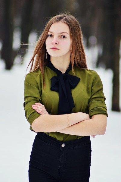 София - Полина Зюбанова