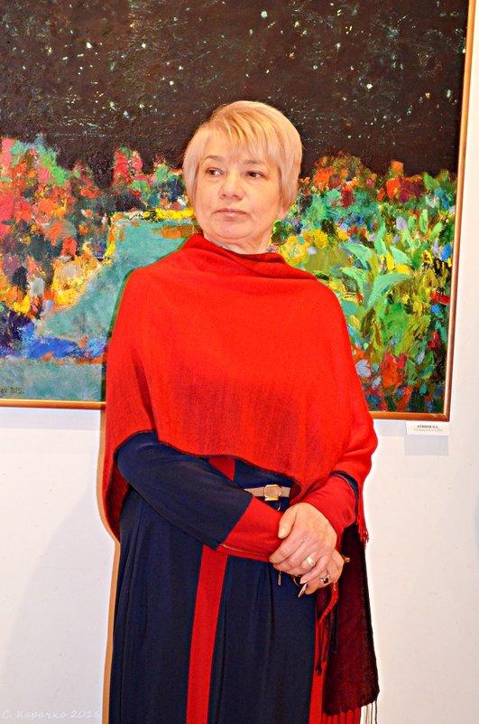 Лариса, директор Вернісаж - Степан Карачко