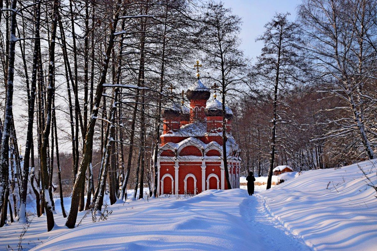 Каменная часовня Иоанна Богослова над святым источником. - vkosin2012 Косинова Валентина
