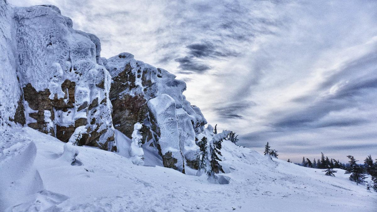 На вершине Зюраткуля - Стил Франс