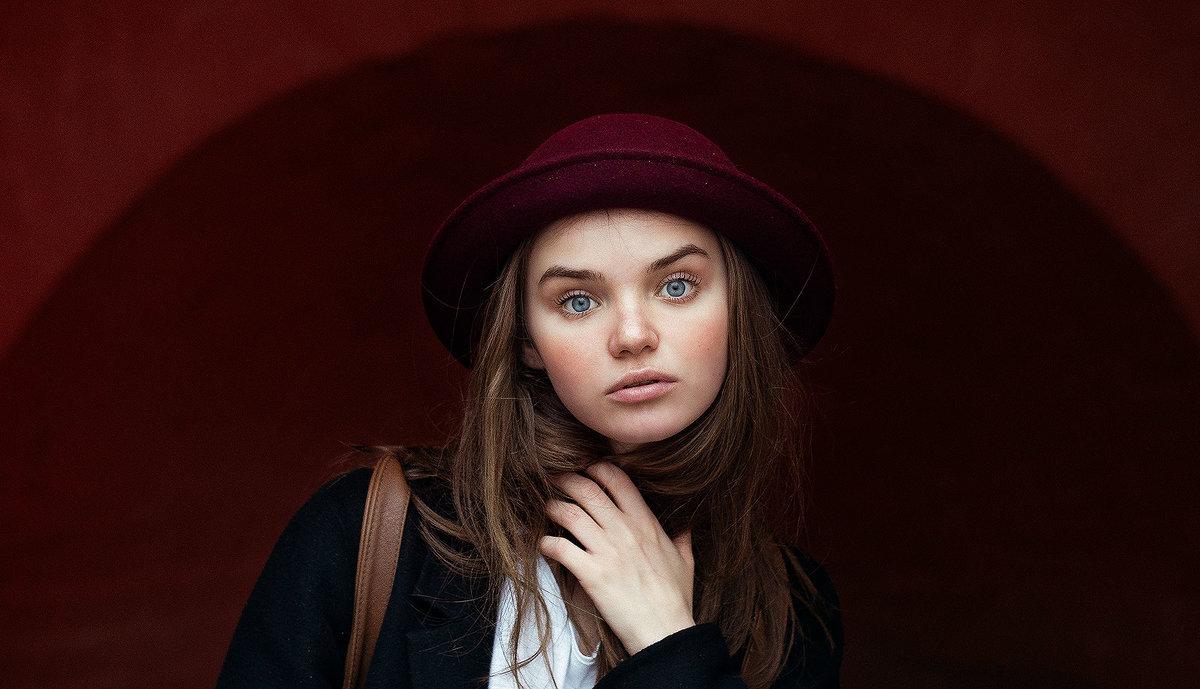 Настя - Леся Поминова