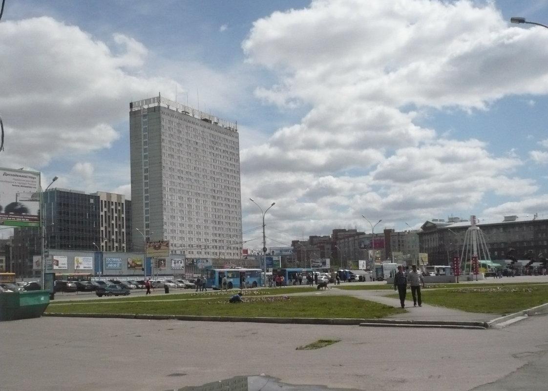 Площадь Гарина Михайловского. Новосибирск. - Олег Афанасьевич Сергеев